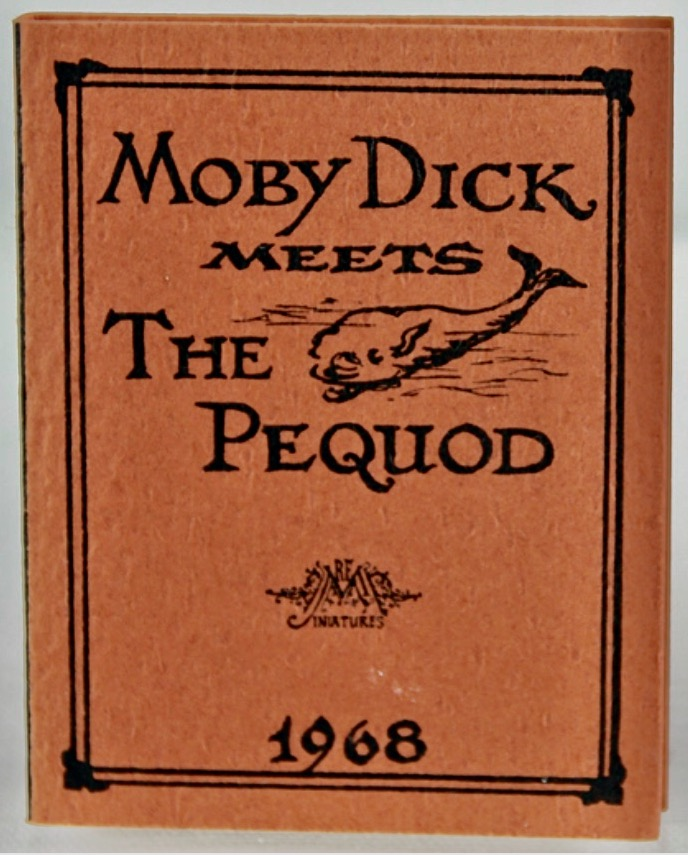 [Peep-Show Toy] [Miniature Books] Moby Dick meets the Pequod. Herman MELVILLE, illustrates Robert E. Massmann.